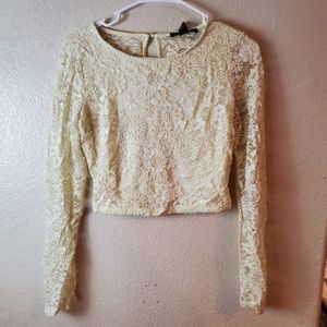 Forever 21 lace boho cream cropped top large